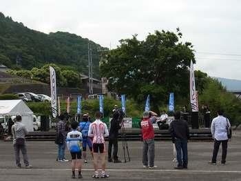 tourde_nishiawa2012_05.jpg