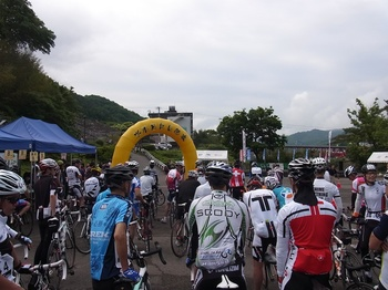 tourde_nishiawa2012_06.jpg