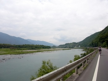 tourde_nishiawa2012_16.jpg